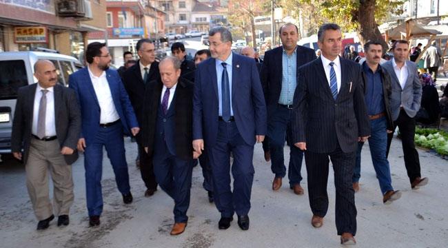 Ak Parti ilçe danışma  meclisi toplantısını yaptı