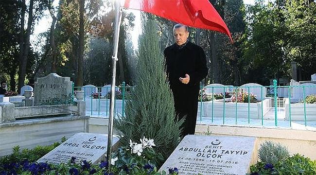 Cumhurbaşkanı Erdoğan Çorumlu şehitlerin kabrini ziyaret etti