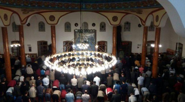 İskilip Ulucami'de Enderun usulü teravih kılındı