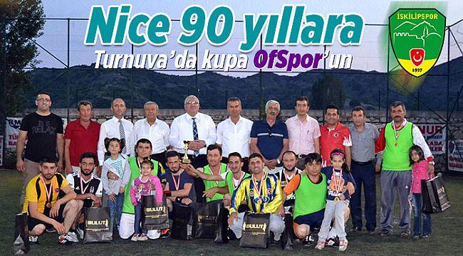 90.yıl turnuvasında kupa OfSpor'un