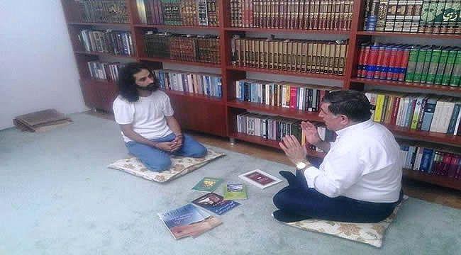 Mehmet Fırat: 'İslam bilinci yüksek imanlı bir nesil yetiştirmeliyiz!'