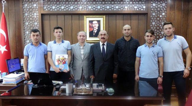 İskilip Fen lisesi öğrencileri projelerini Atçıoğlu'na sundular