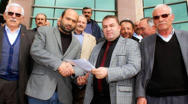 Ziraat Odasının yeni Başkanı Mücahit Şahin mazbatasını aldı