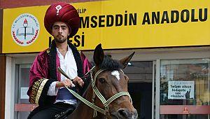 Akşemseddin Anadolu Lisesi Akşemseddin'i Fetih'e uğurladı