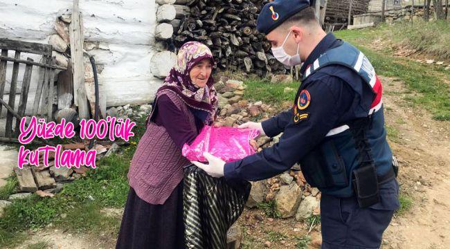 İskilip'te 100 yaşını dolduran annelere kutlama